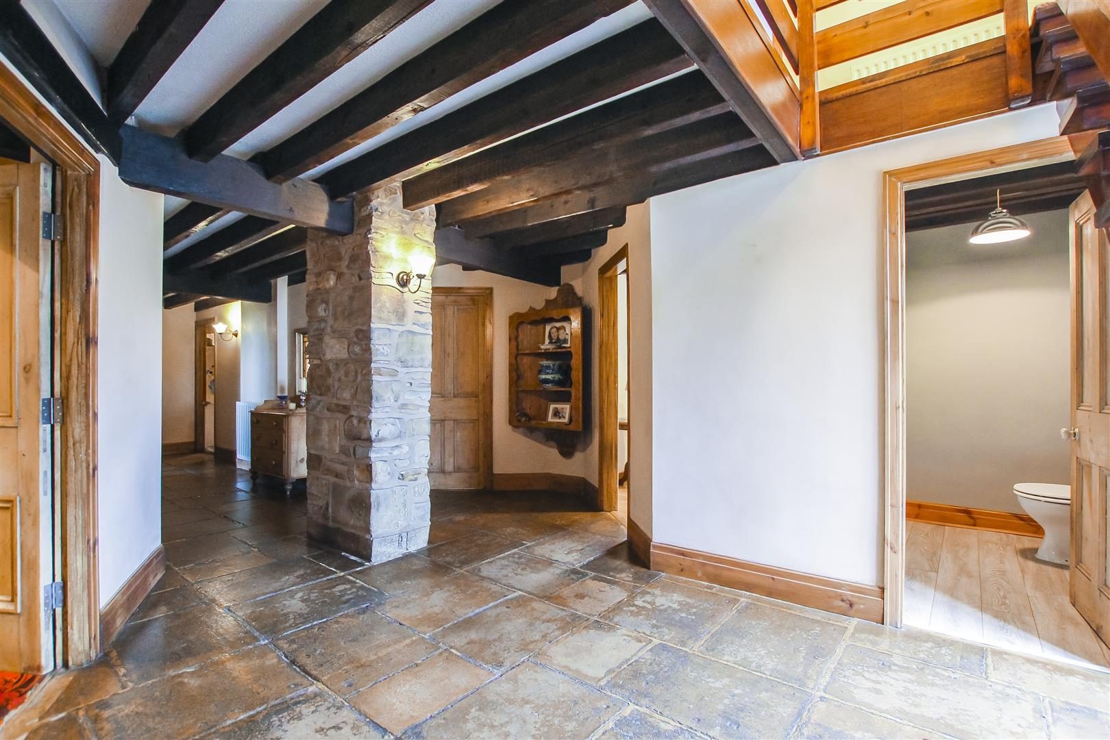 5 Bedroom Barn Conversion For Sale - Image 14